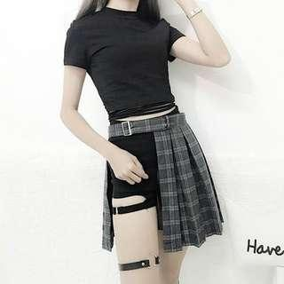 Aesthetic cut out skirt