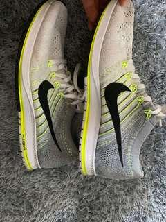 Nike zoom running shoes us 9
