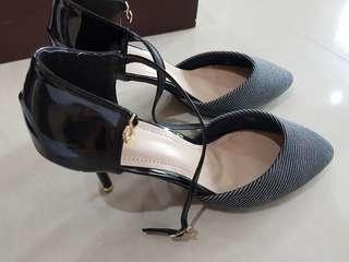 D&G heel shoes