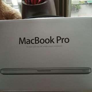 蘋果筆電13吋特價出清