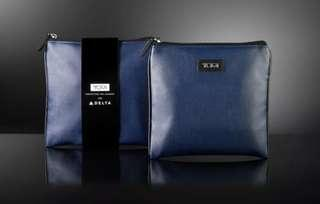 Limited TUMI pouch (Authentic)