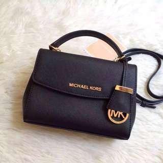 [USED] 💯Genuine Michael Kors Ava Small Saffiano Leather Satchel #MK