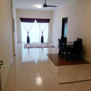 APARTMENT WARNASARI 2 PUNCAK ALAM