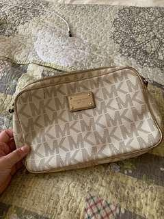 Michael Kors Authentic Sling