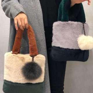 韓國直送🇰🇷🇰🇷 毛毛手袋 (方型)