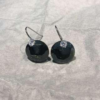 🚚 Green stone earrings