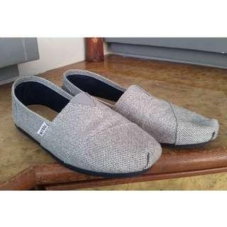 slip on canvas causal men shoes loafers (similar to wakai / Toms)
