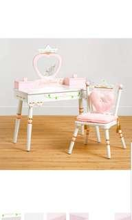 🚚 Wildkin Princess Vanity Dressing Make Up Table & Chair Set Features Heart-Shaped Mirror Two Jewelry Musical Boxes and Removable Plush Seat Cushions Perfect for the Little Princess in Your Life White