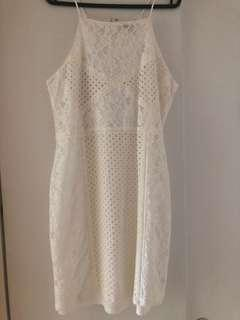 🚚 White Lace Dress Topshop