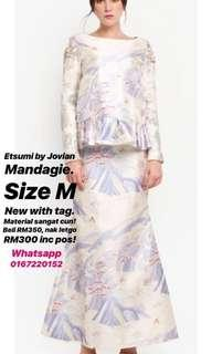 Jovian Mandagie Etsumi Collection Raya 2018