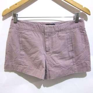 (28) Gap liner shorts, super nice in actual, almost looks new