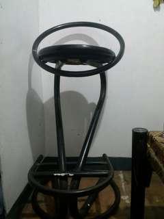 Salon high chair