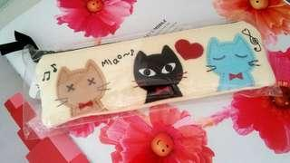 BNIP cute and lovely cat pencil case/cosmetic pouch/ coins case for cat Lover
