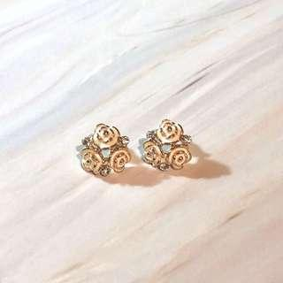 Simple white gold earrings 耳環