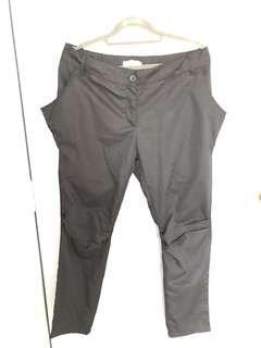 🚚 PRE-LOVED: Black Pants with Pocket Details (BLACK)