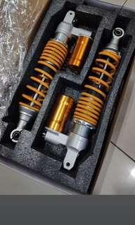 Xmax 300 rear suspensions in gold with subtank