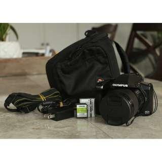 Olympus SP100EE 16MP Cmos Sensor 50x Optical Zoom Bridge SLR Camera