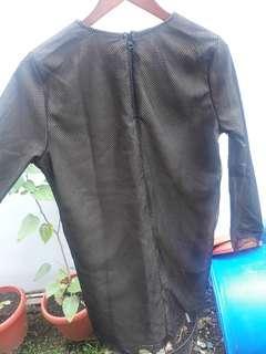 Dress hitam SOMETHING BORROWED