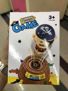 Jumping Pirate Game 海盜刀桶遊戲