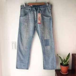 🚚 全新 Levis拼接淺色牛仔褲