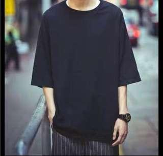plain oversized T- shirt in black and white