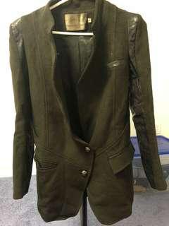 Women's Coat Medium