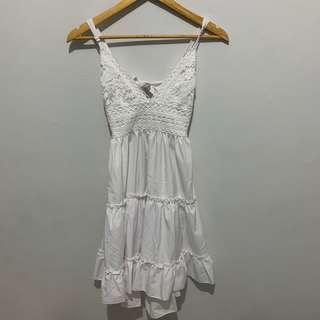 White Summer Ruffled Lace Dress