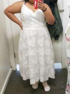 White dress size 18