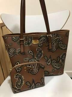 REPRICED! 💯 Authentic Michael Kors Shoulder Bag with FREE Cosmetic Pouch