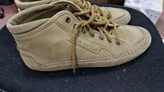 Lv louis Vuitton boot 9碼