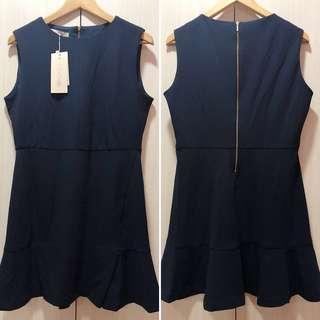 🚚 *BNWT* Clpshop - Navy Shift Dress with Cute Flare Skirt Detail