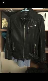 🚚 全網最帥皮衣 真品 羊皮 皮衣 夾克 修身 s號偏小 只適合瘦哥 九成 穿不下了 外套