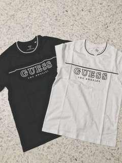 🚚 Guess Black and white logo tee