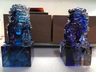 Xia Shi Liu Li - Lion Paperweight (a pair)夏是琉璃