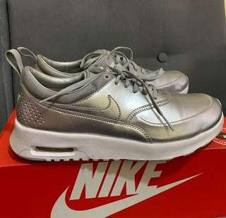 Preloved Auth Nike Women's US-8 Air Max Thea Running Shoes