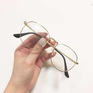 🚚 時尚眼鏡(共三款)