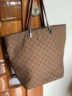 Gucci authentic di salee