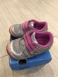 Stride rite Medly silver size US 5.5W with box