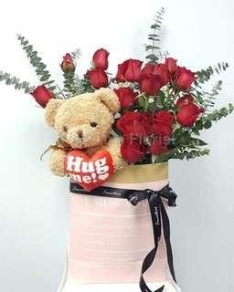 Red Roses With Hug Me Bear In Bloom Bag