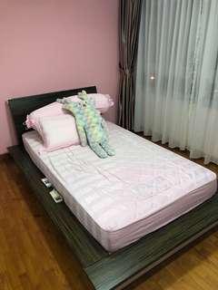 Super single Japanese platform bed + mattress