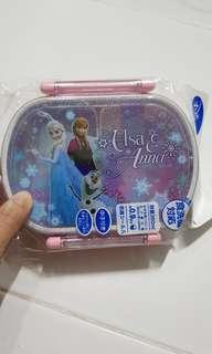 🚚 Elsa frozen lunch box