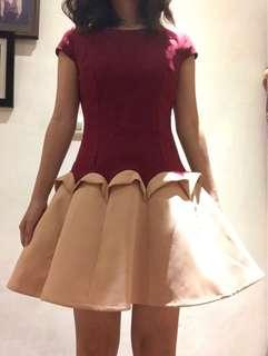 Dress maroon size s