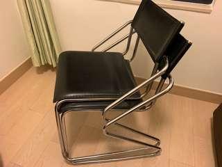 凳 Chairs 4 張