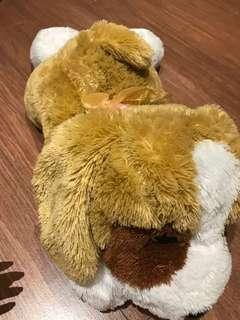 Boneka anjing besar empuk