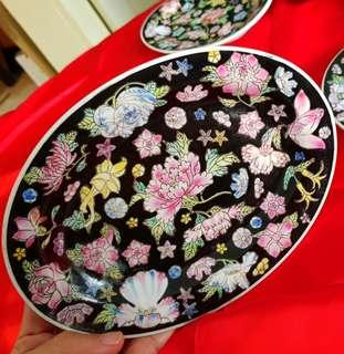 """1950-60s 景德镇 Hand-Painted Chinese Porcelain Plate with colourful flowers. 8"""" across.  Unused, Good condition, no chip no crack. 6pcs for $68 offer, WhatsApp 96337309."""