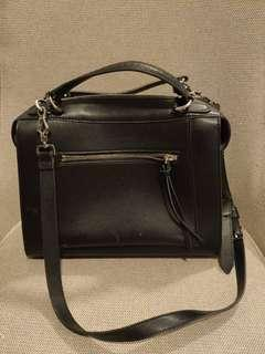 Charles & Keith Handbag 💯 authentic