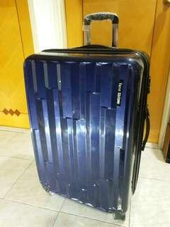 "Polo Luggage 4 wheels 29"" expand"