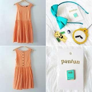 FREE POS Minkpink Vintage Style Skater Dress with Back Buttons in Salmon Orange + Quirky Accessories Bundle