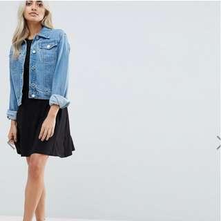 The Editor's Market Short Sleeve Black Skater Loose Fitting Dress - Black