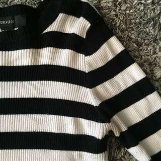 Semi cropped striped long sleeve sweater size L